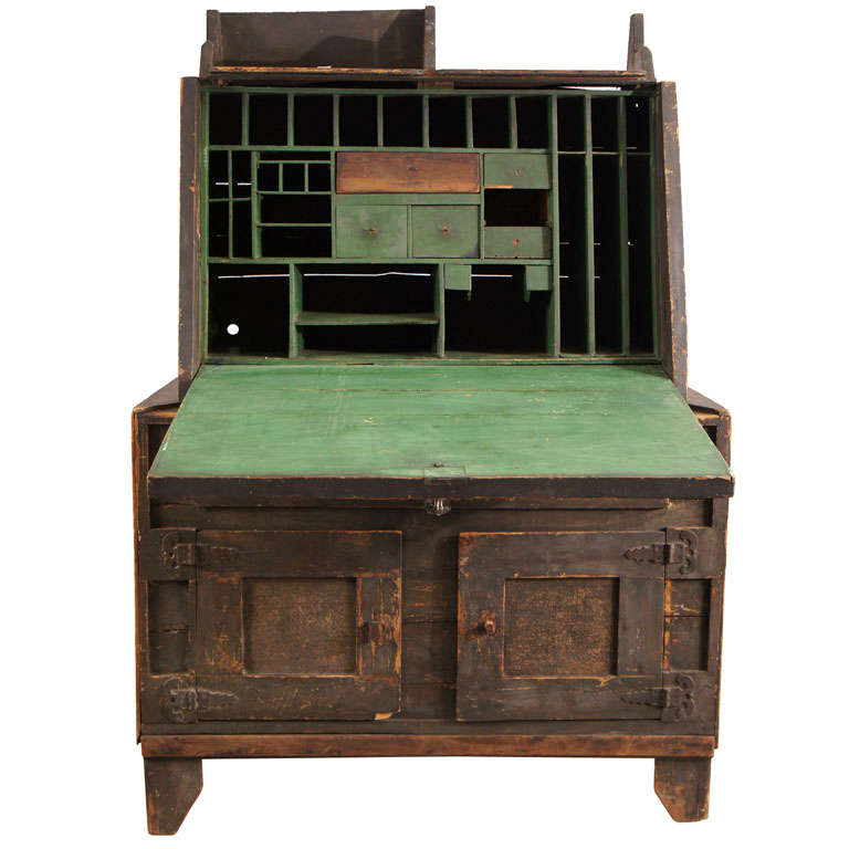 Arts and crafts period folk art desk at 1stdibs for Art and craft desk with storage