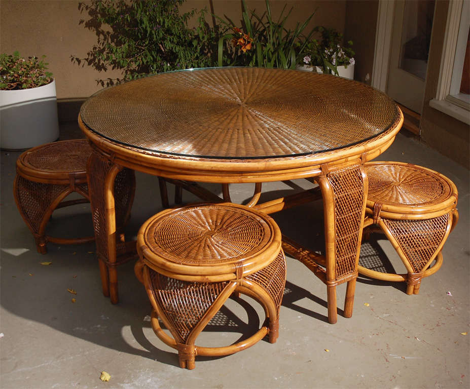Vintage Rattan Dining Table Chairs at 1stdibs : DSC0152 from www.1stdibs.com size 927 x 768 jpeg 112kB