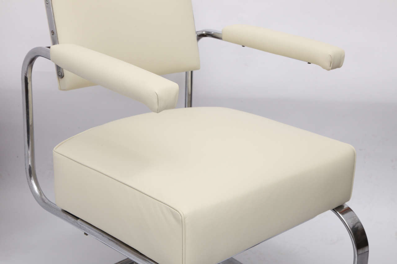 American Gilbert Rohde Lounge Chair Art Deco Machine Age, 1930s For Sale
