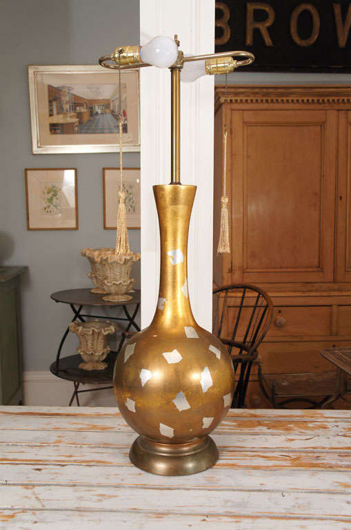 Modernist Gilt Table Lamp In Excellent Condition For Sale In Hudson, NY