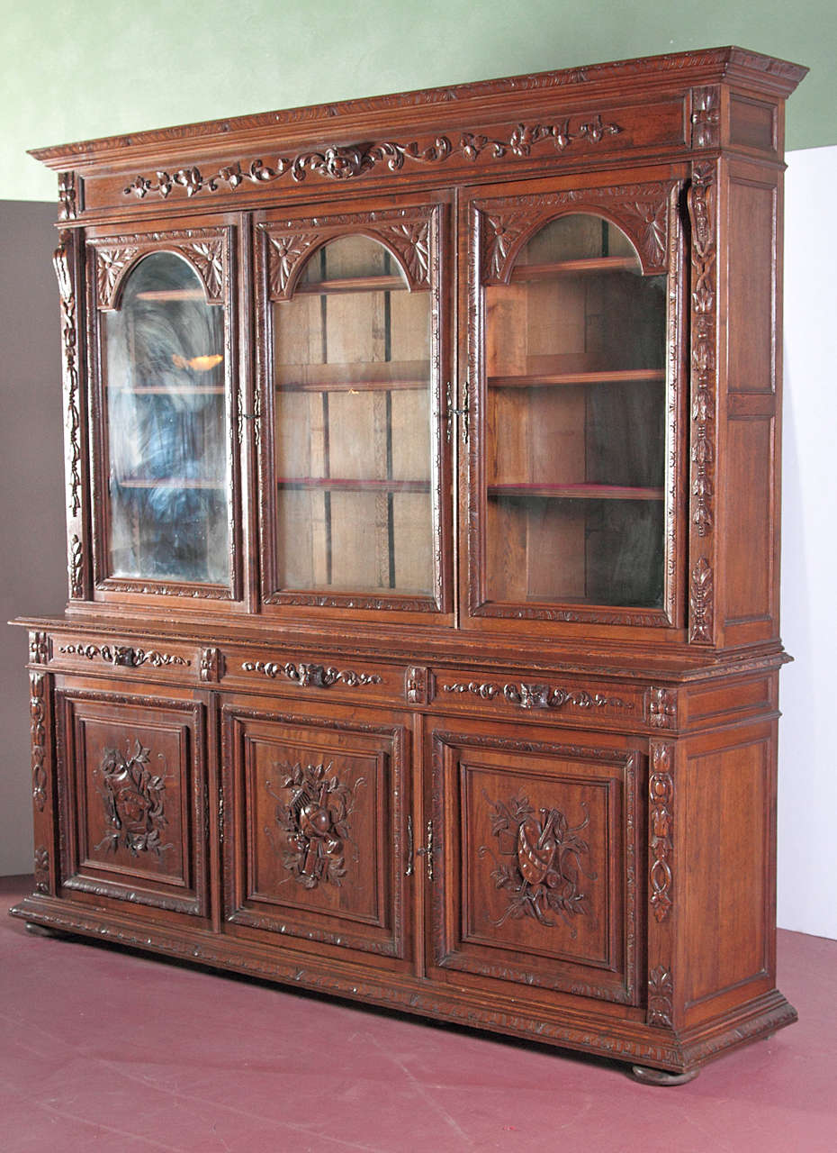 french antique carved bookcase bibliotheque with glass. Black Bedroom Furniture Sets. Home Design Ideas