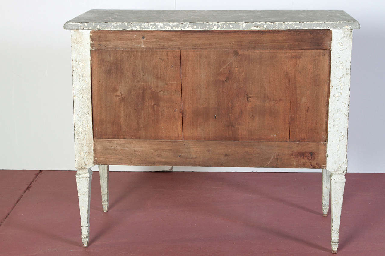 Pair of 19th Century French Louis XVI Painted Chest of Drawers with Faux Marble In Excellent Condition For Sale In Dallas, TX