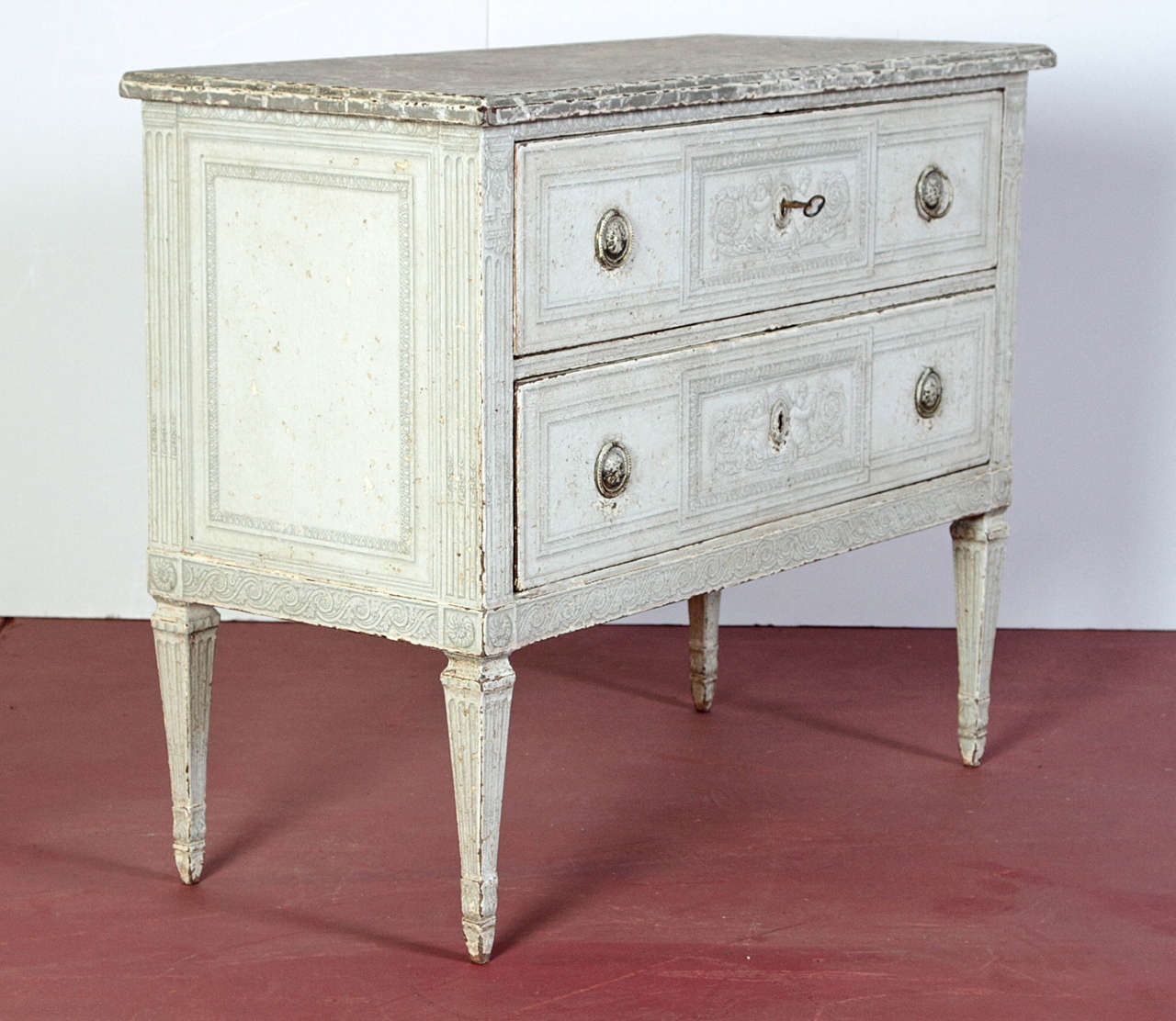 Pair of 19th Century French Louis XVI Painted Chest of Drawers with Faux Marble For Sale 4