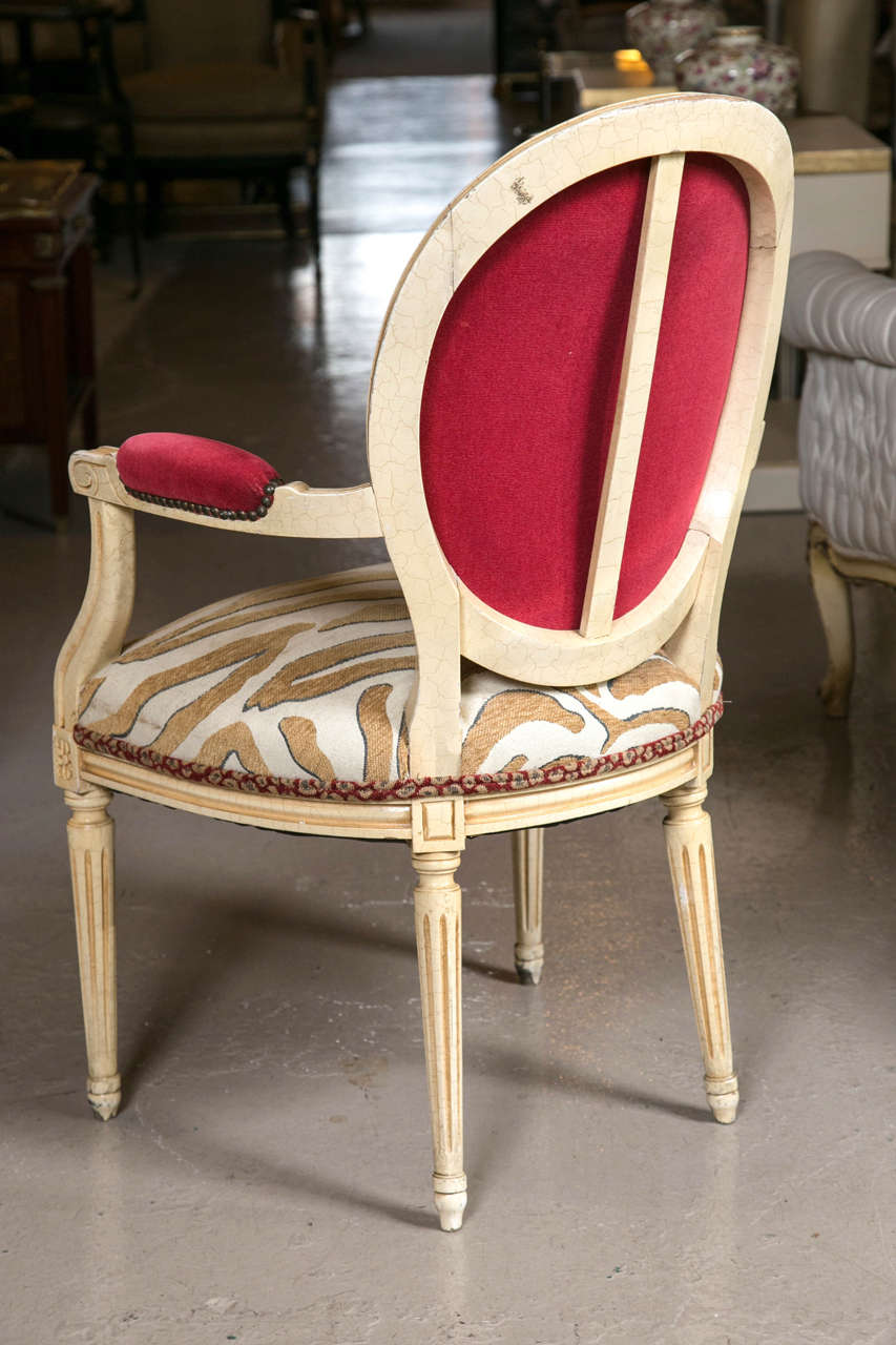 Mid-20th Century Set of Eight Hollywood Regency Style French Dining Chairs Attributed to Jansen