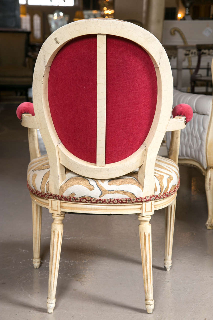 Wood Set of Eight Hollywood Regency Style French Dining Chairs Attributed to Jansen