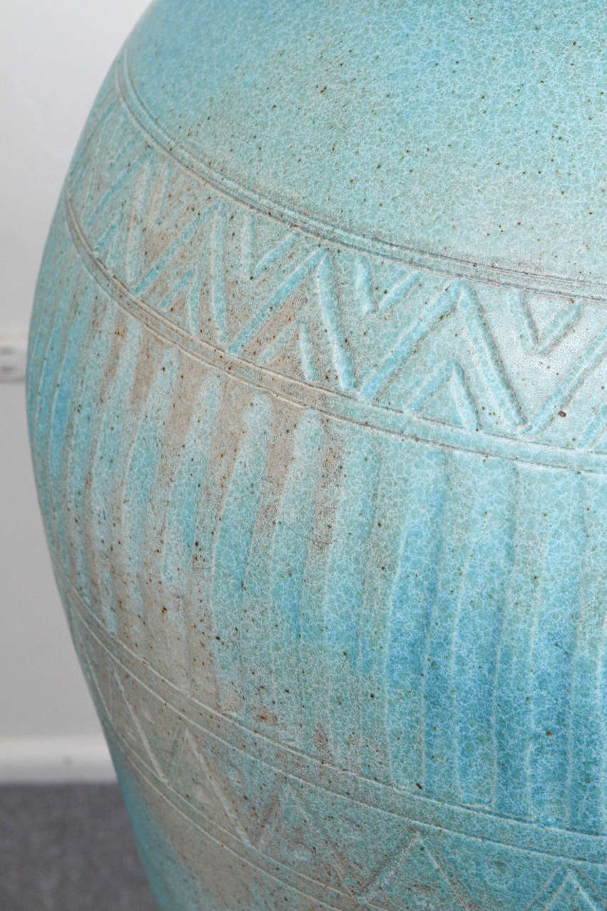 Monumental Lidded Amphora Style Ceramic Vessel, Custom for Steve Chase In Excellent Condition For Sale In New York, NY