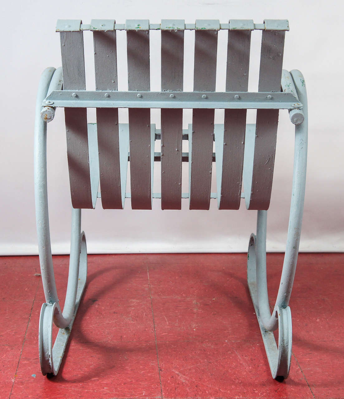 Painted metal porch or patio chair at 1stdibs for Painted metal patio furniture