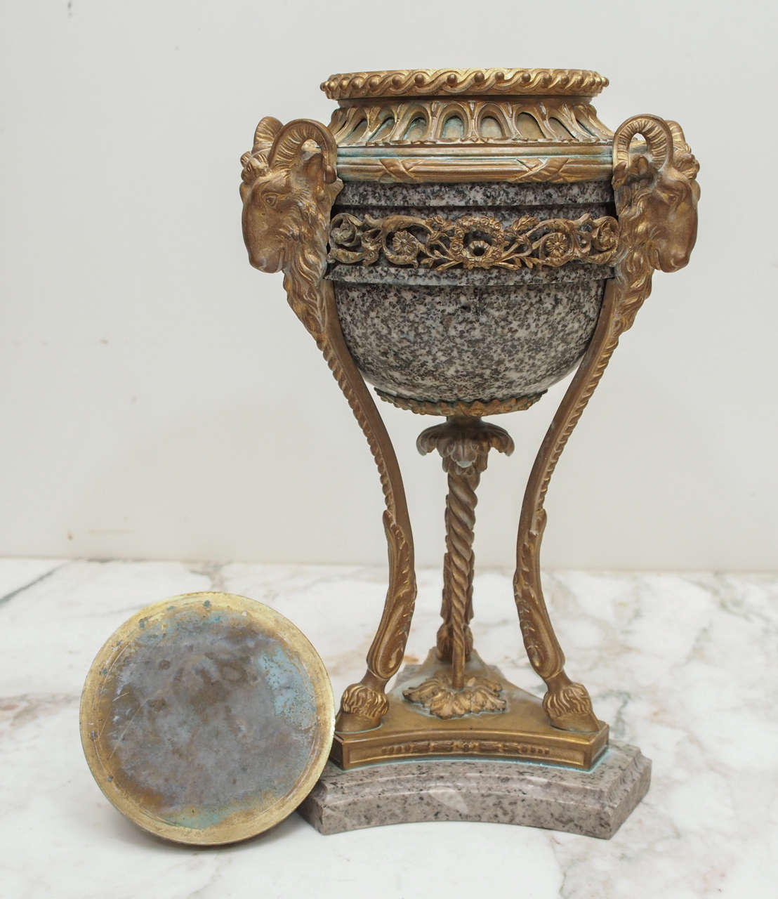 Pair of French Marble and Gilt Bronze Cassolet For Sale 5