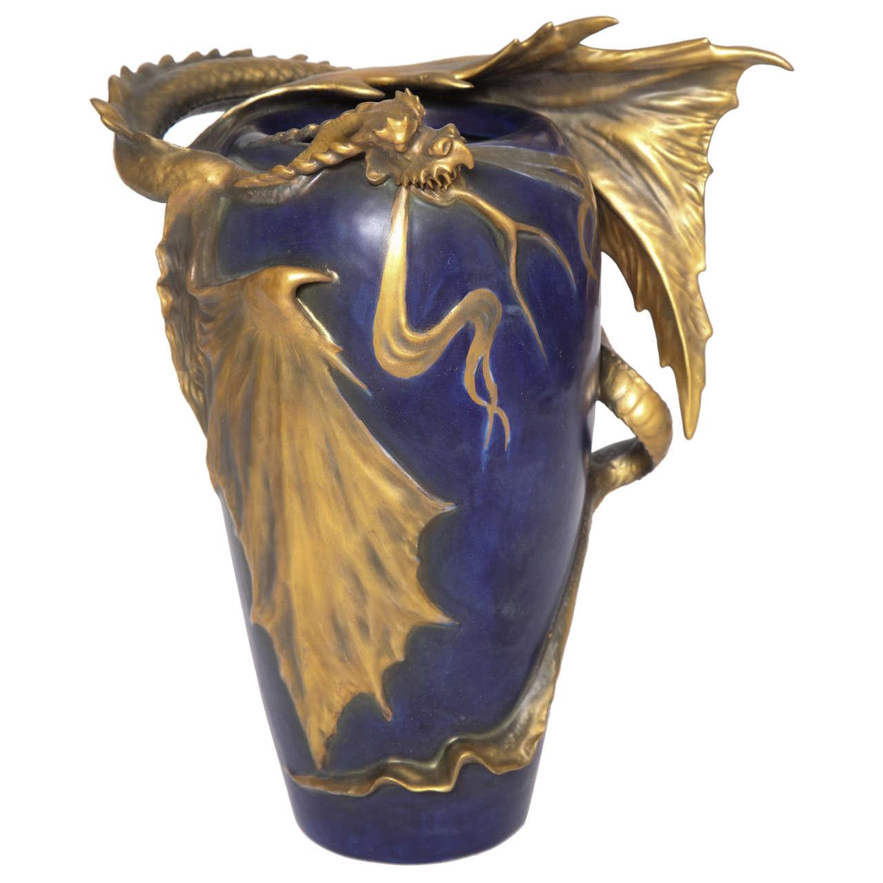 Amphora dragon vase 1900 austria for sale at 1stdibs amphora dragon vase 1900 austria for sale reviewsmspy