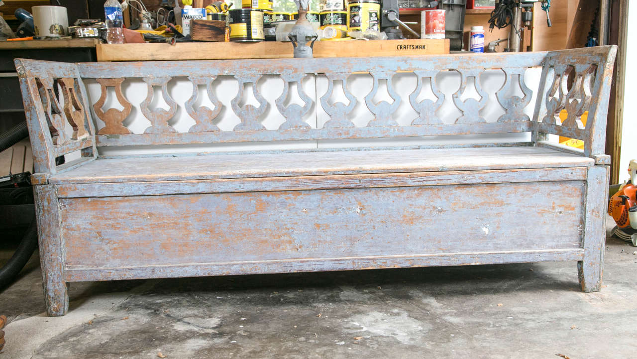 Groovy 19Th Century Swedish Painted Wood Storage Bench At 1Stdibs Short Links Chair Design For Home Short Linksinfo