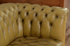 Chesterfield sofa in chartreuse green leather image 7