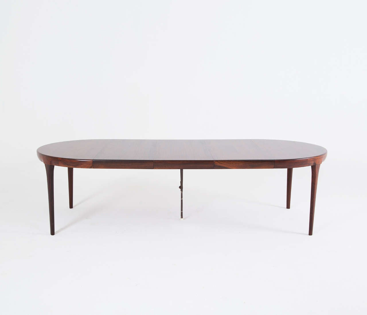 Very long dining table in rosewood by ib kofod larsen at for Very small dining sets
