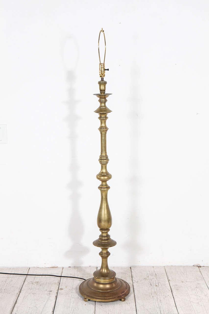 Vintage Turned Brass Tall Floor Lamp At 1stdibs