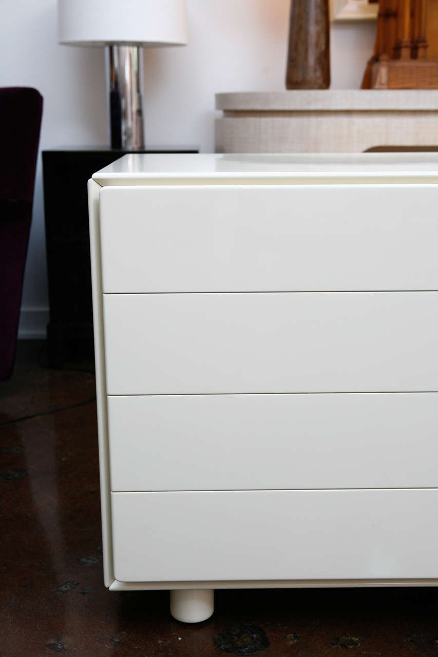 White Lacquer Chest Of Drawers At 1stdibs