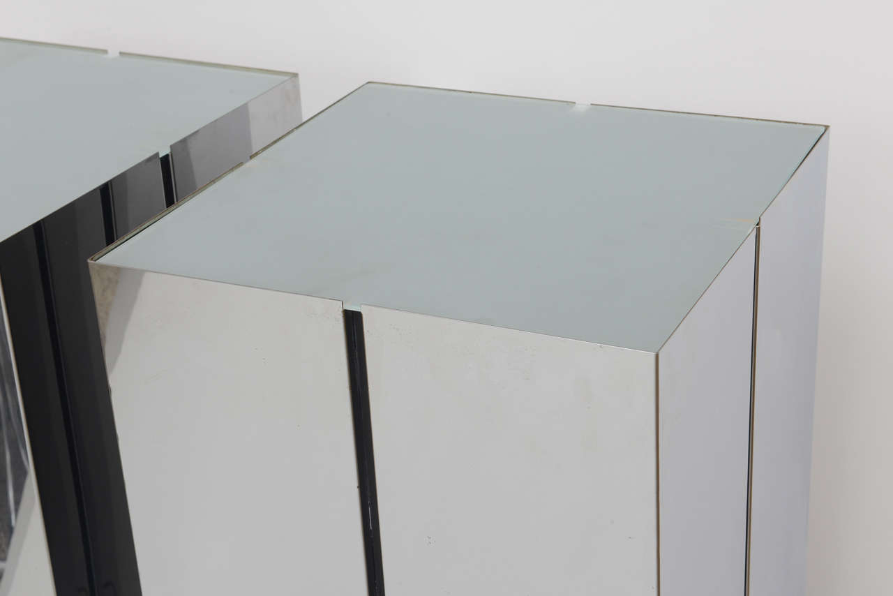 Mid-Century Modern Pair of Lighted Pedestals by Neal Small for George Kovacs For Sale