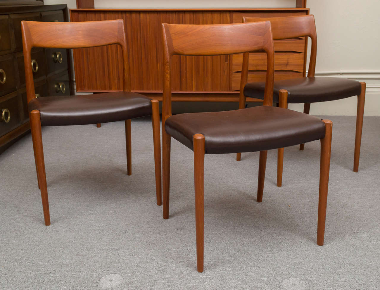Scandinavian Modern Six Teak JL Moller Chairs With Brown Leather Seats, One  A Captainu0027s Chair