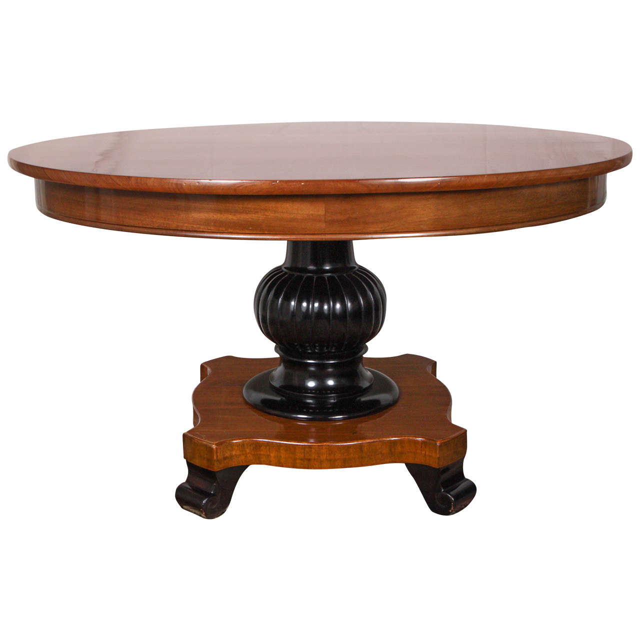 Vintage antigua pedestal coffee table at 1stdibs for Vintage coffee table