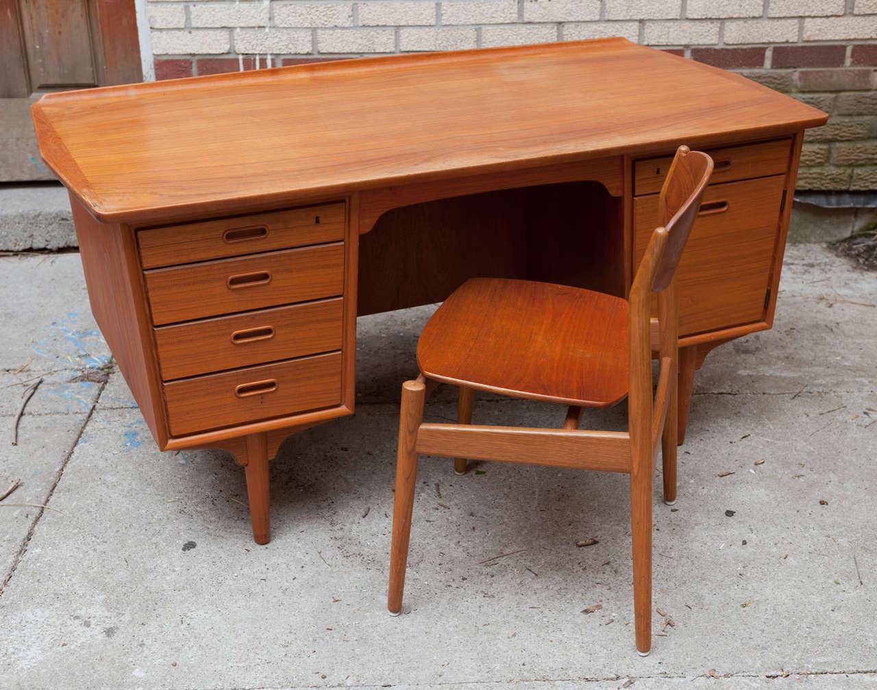 Mid Century Sculptural Teak Desk And Chair Designed By Svend U0026 Madsen For  Sigurd Hensen.