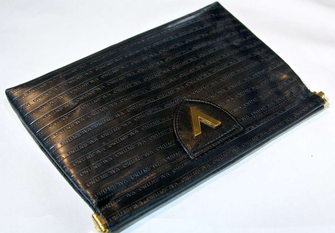 Valentino Textured Leather 'V' Logo Clutch* presented by funkyfinders 7