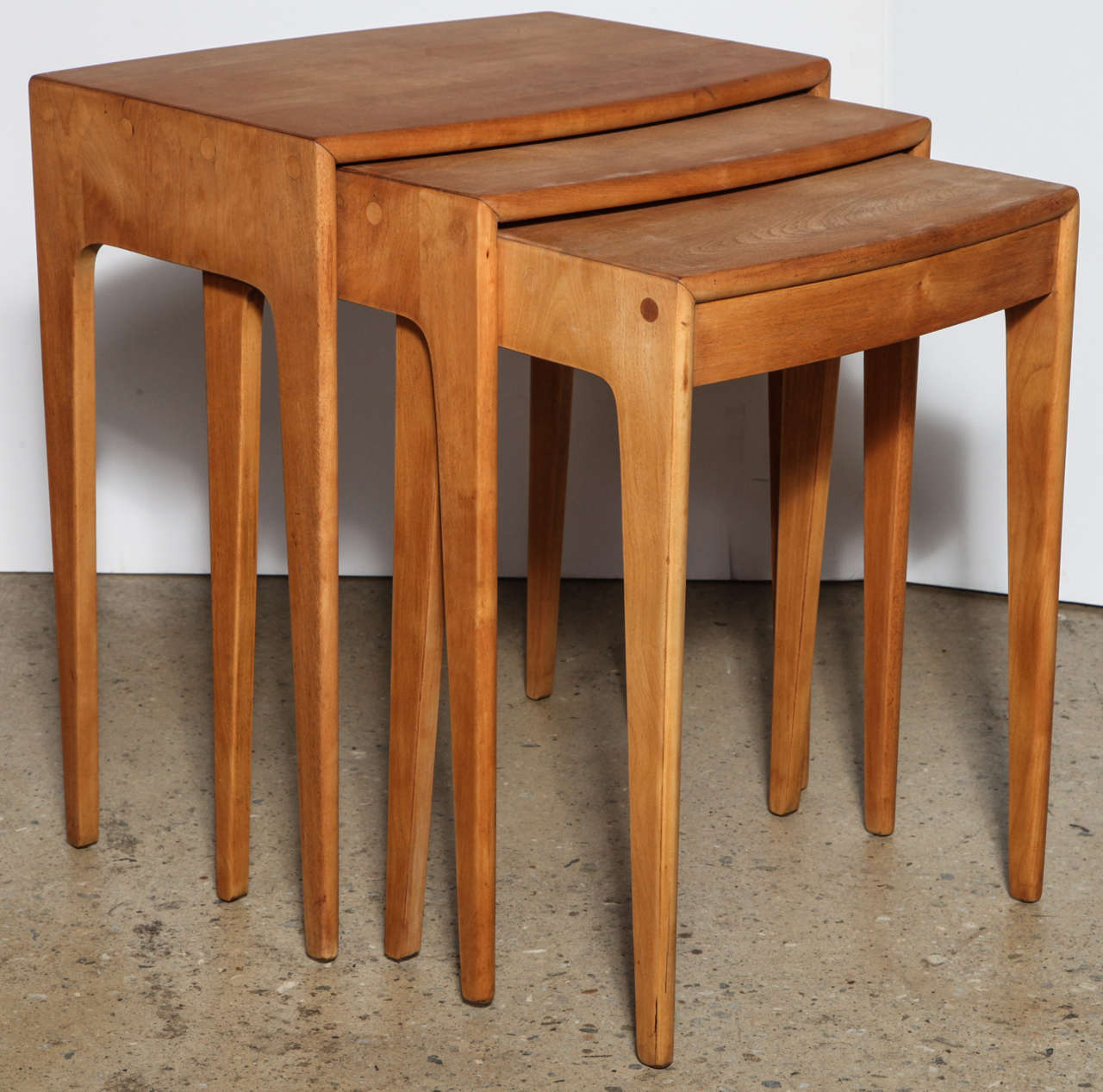 Stacking Tv Tables ~ Set of heywood wakefield nesting tables at stdibs