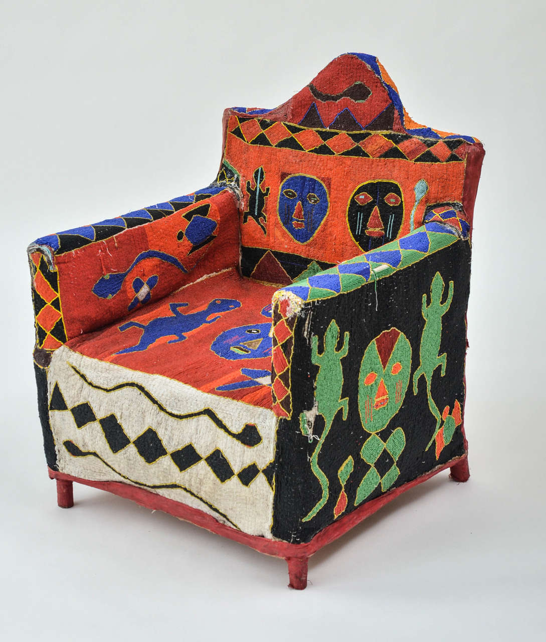 African Beaded Yoruba Chair In Good Condition In New York, NY