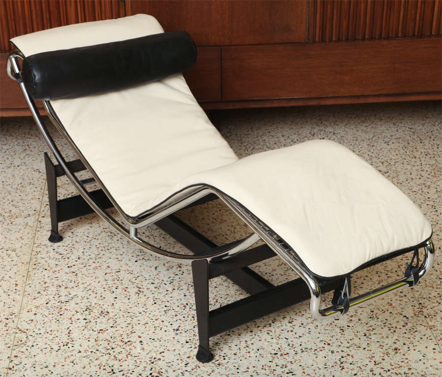 charlotte perriand le corbusier lc 4 chaise lounge at 1stdibs. Black Bedroom Furniture Sets. Home Design Ideas