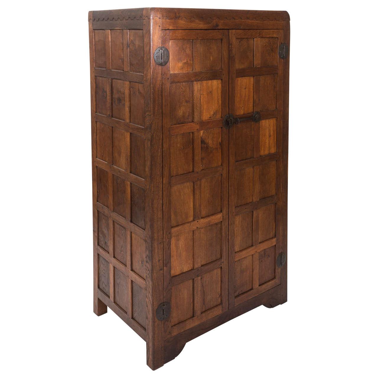 Robert Mouseman Thompson Panelled Oak Wardrobe, England Circa 1930 For Sale