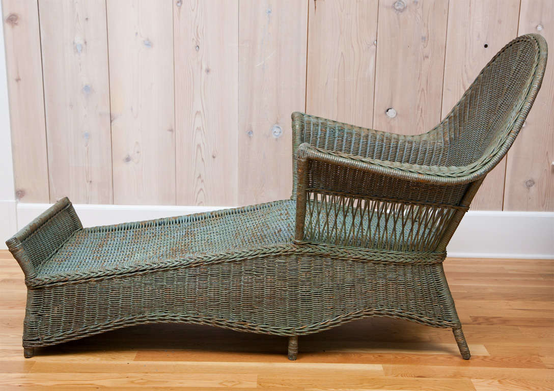 Antique wicker chaise at 1stdibs for Chaise longue rattan sintetico