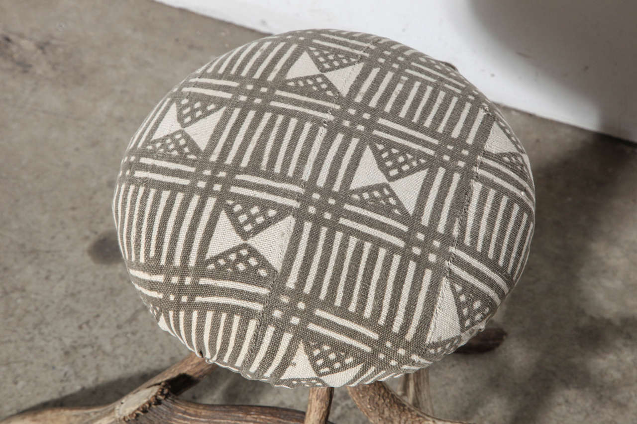 19th Century Antler Stool For Sale 3