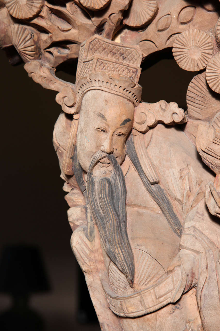 Pair of 19th Century Chinese Qing Dynasty Hand-Carved Wood Temple Corbels For Sale 5
