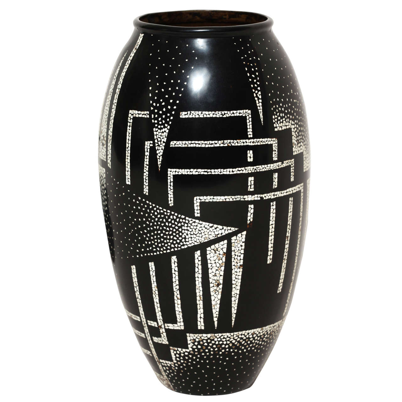 Jean Dunand French Art Deco Coquille d'Oeuf and Black Lacquered Vase 1