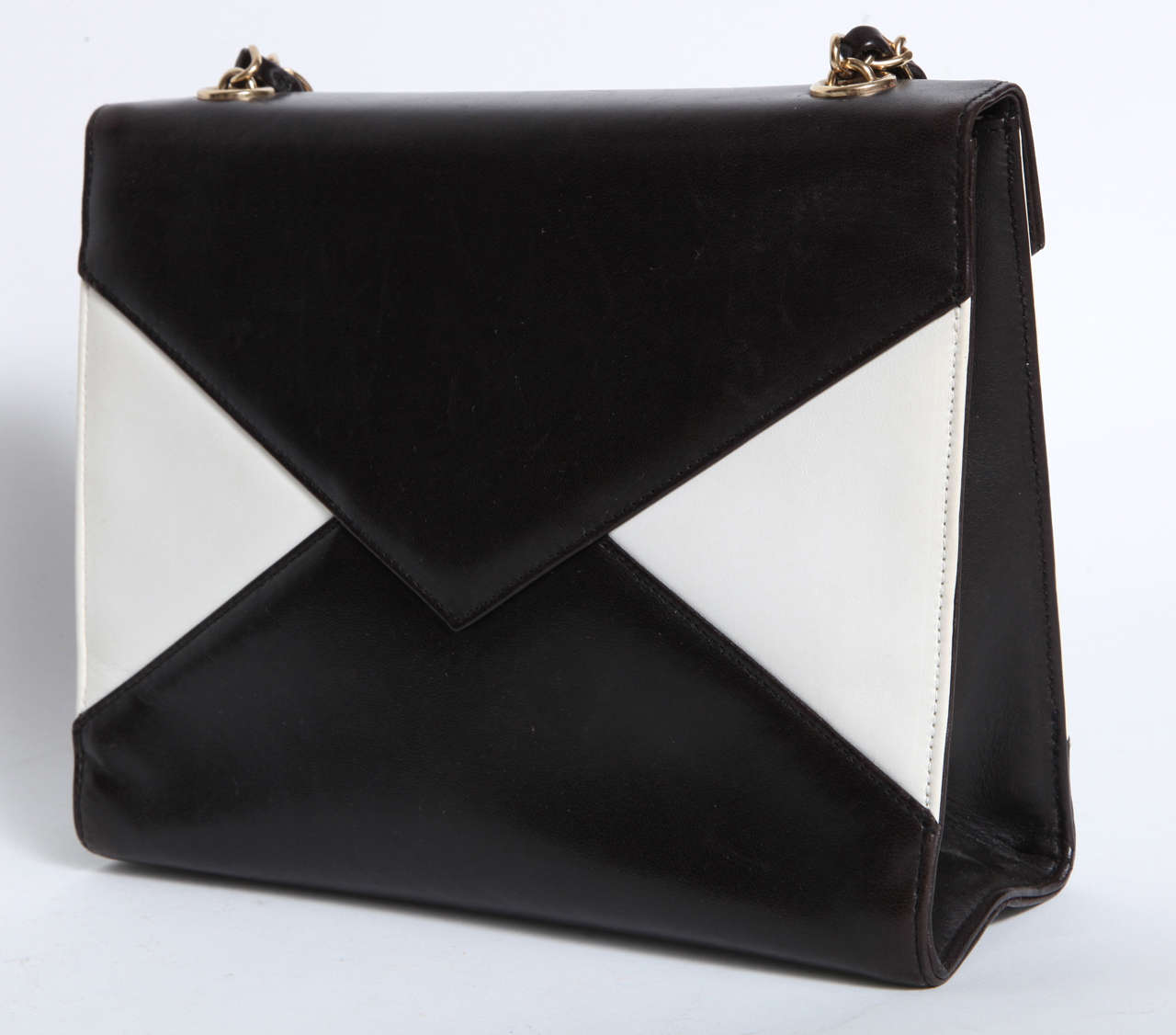 Vintage Chanel Black and White Handbag 4