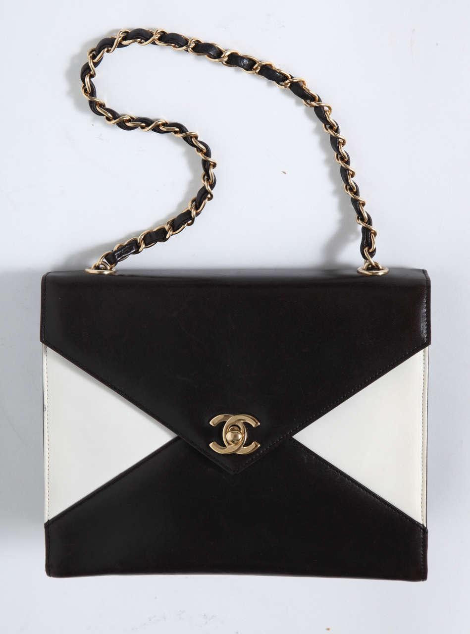 Vintage Chanel Black and White Handbag 8