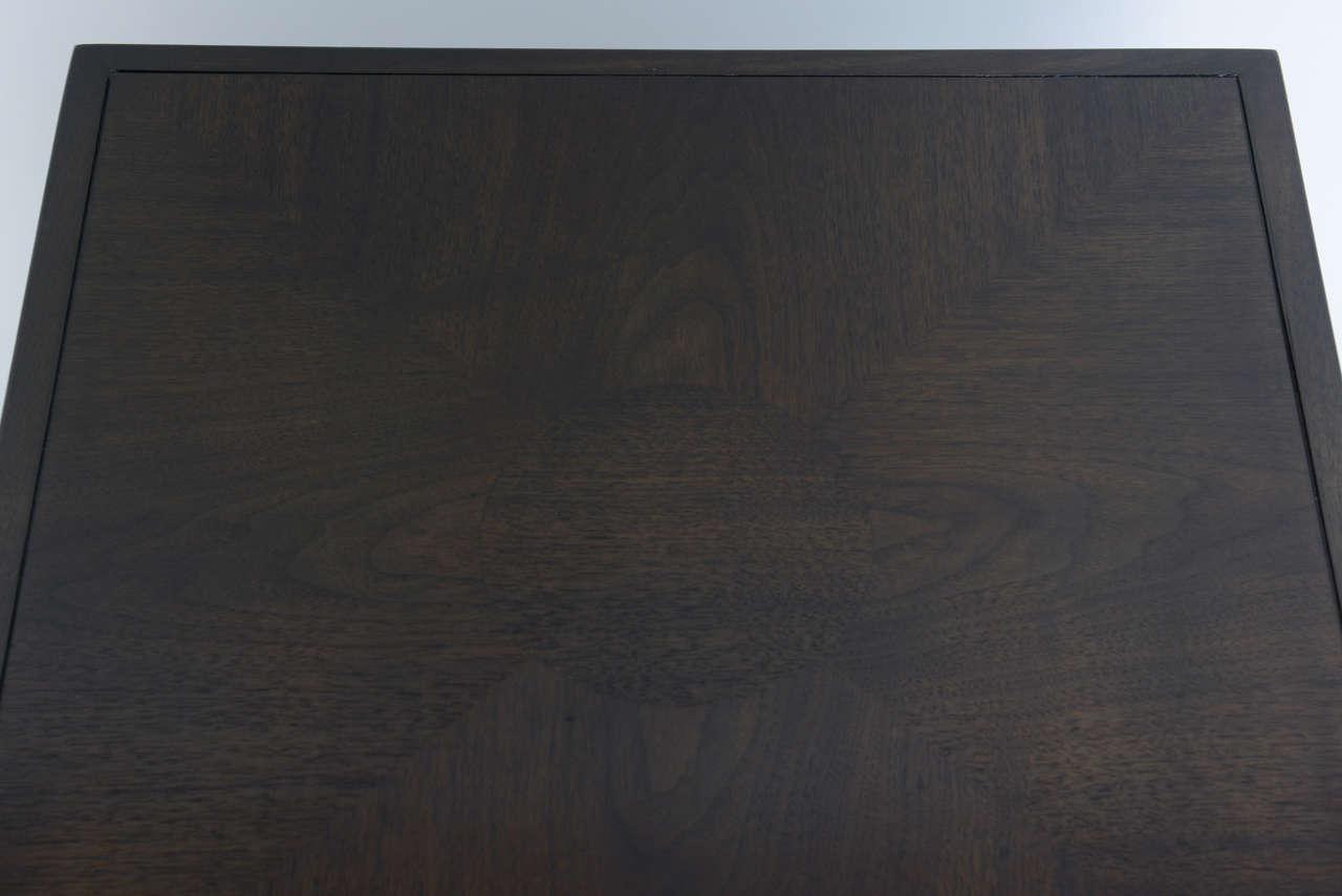 Wood Elegant 1950s Detailed Widdicomb Side Table in Walnut For Sale
