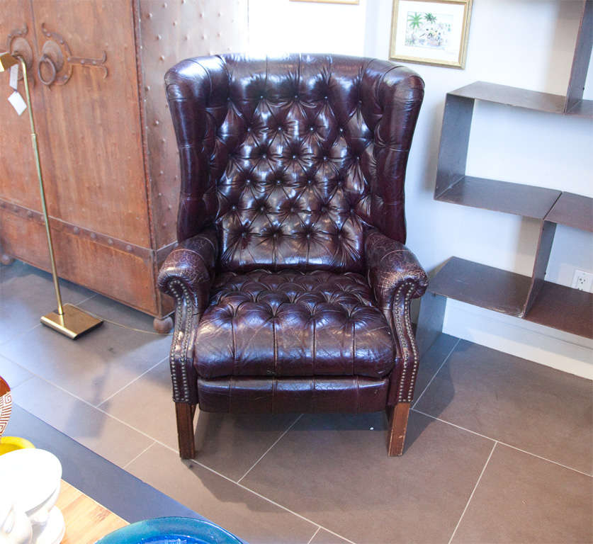 This Stunning Leather Chesterfield Recliner Is In Beautiful Condition With  A Shiny Patina    Both