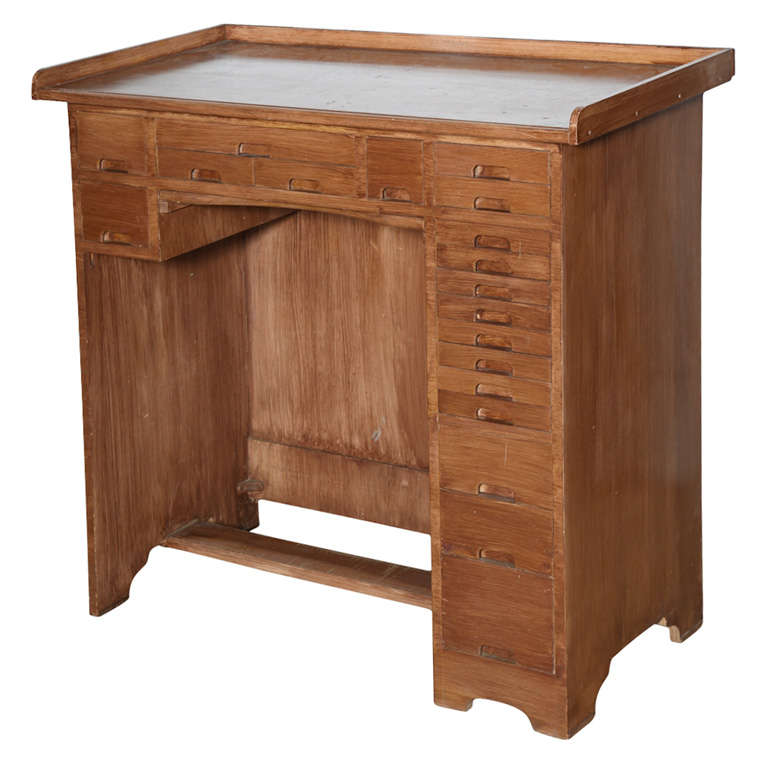 19 Drawer Watch Makers Bench For