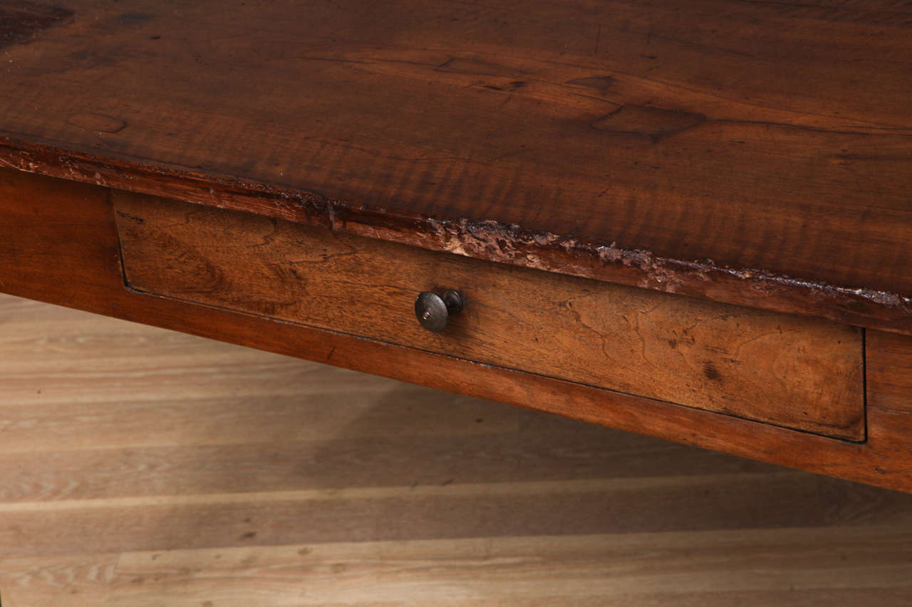 18th c italian walnut dining table with drawers at 1stdibs for C table with drawer