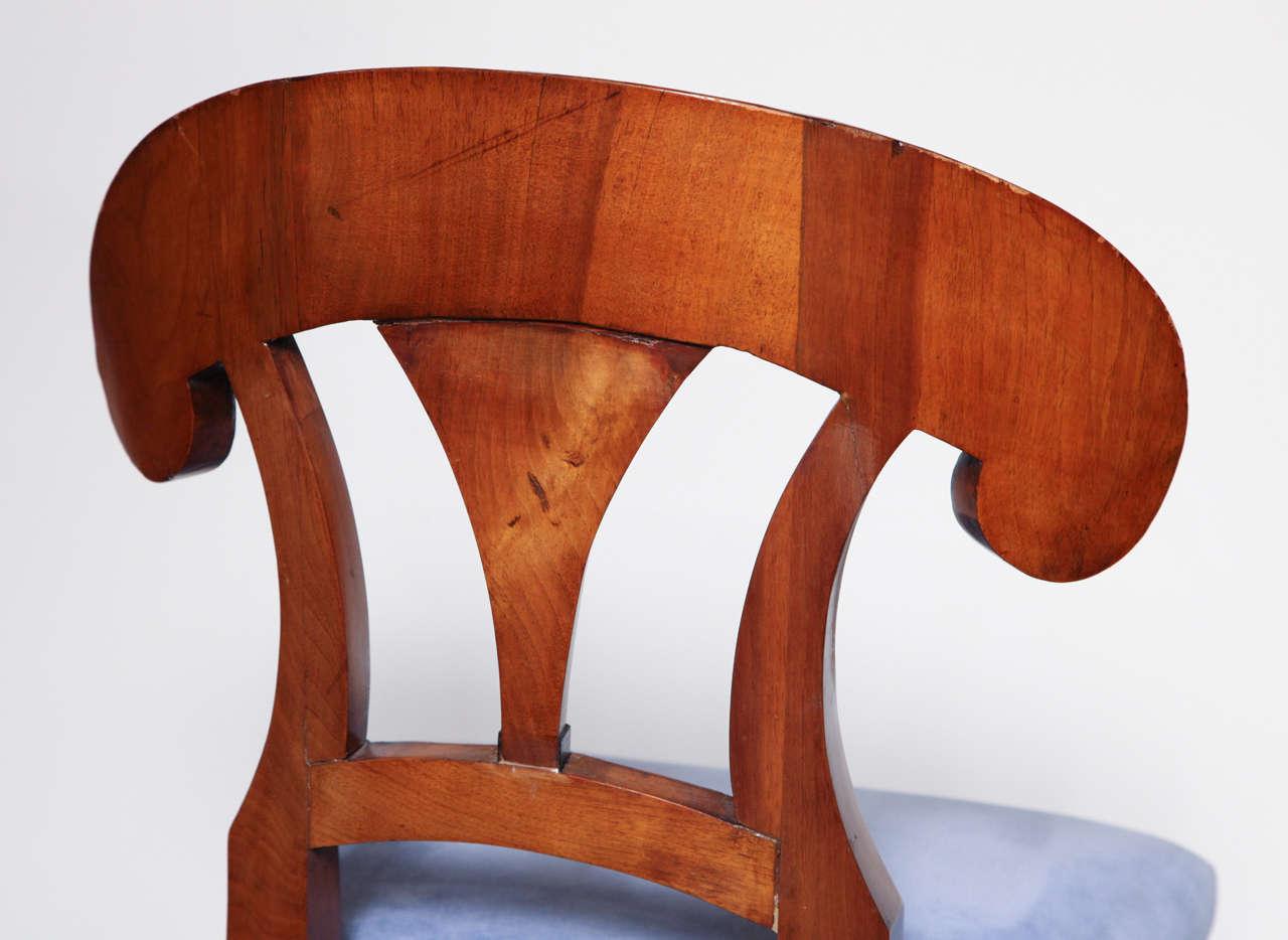Early 19th Century Biedermeier, Walnut Side Chair For Sale 5