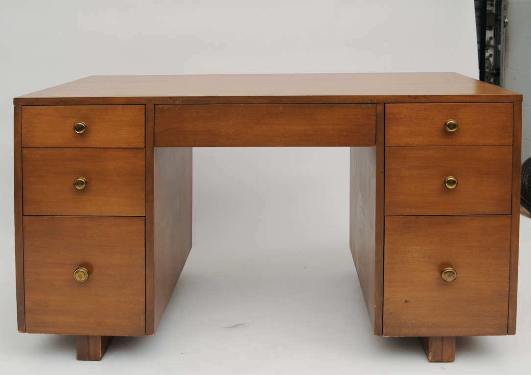 TH  Robsjohn-Gibbings Desk In Good Condition For Sale In West Palm Beach, FL