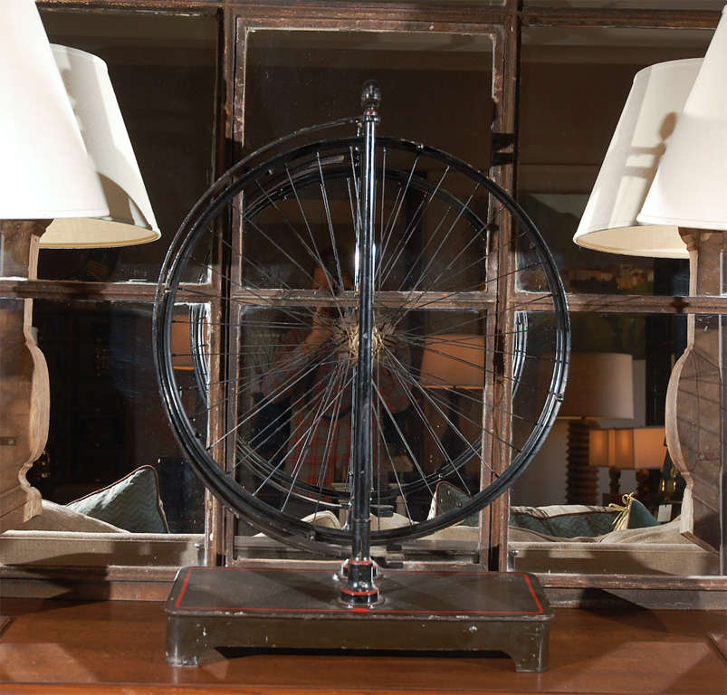 1880s French Painted Metal Spoked Wheel on Stand For Sale 2
