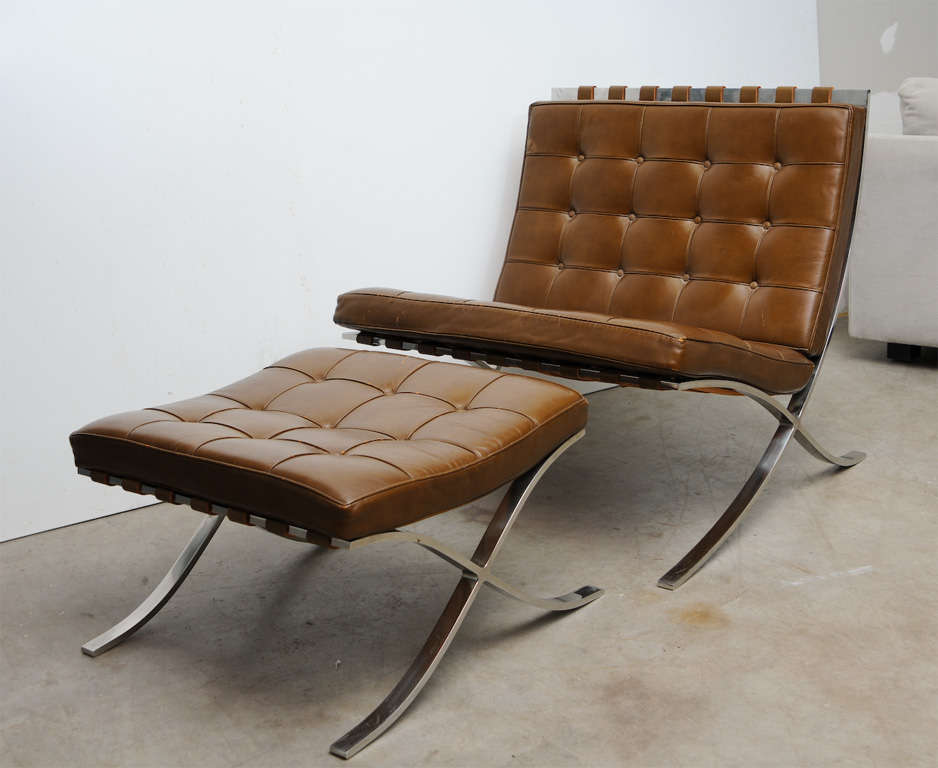 vintage mies van der rohe barcelona chair and ottoman at 1stdibs. Black Bedroom Furniture Sets. Home Design Ideas