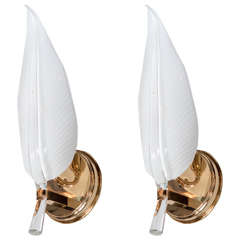 Pair of Mid-Century Modernist Murano Glass Leaf Sconces by Barovier e Toso