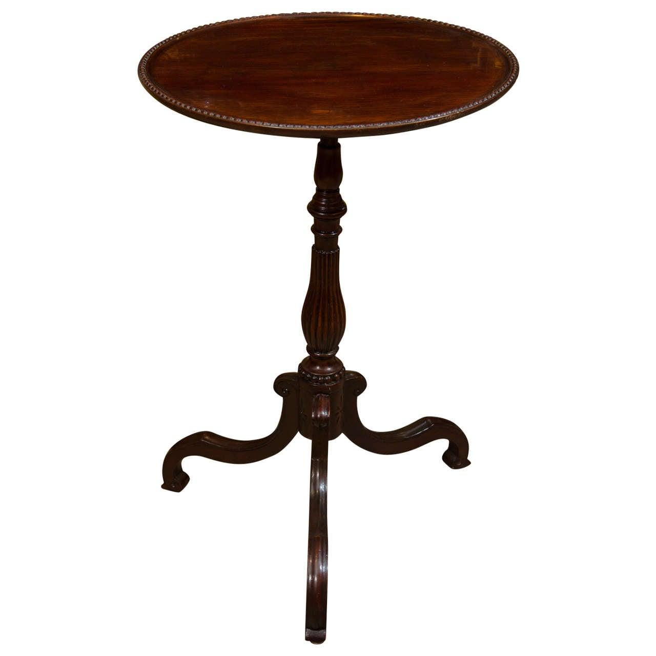 George III Mahogany Dish-Top Side Table