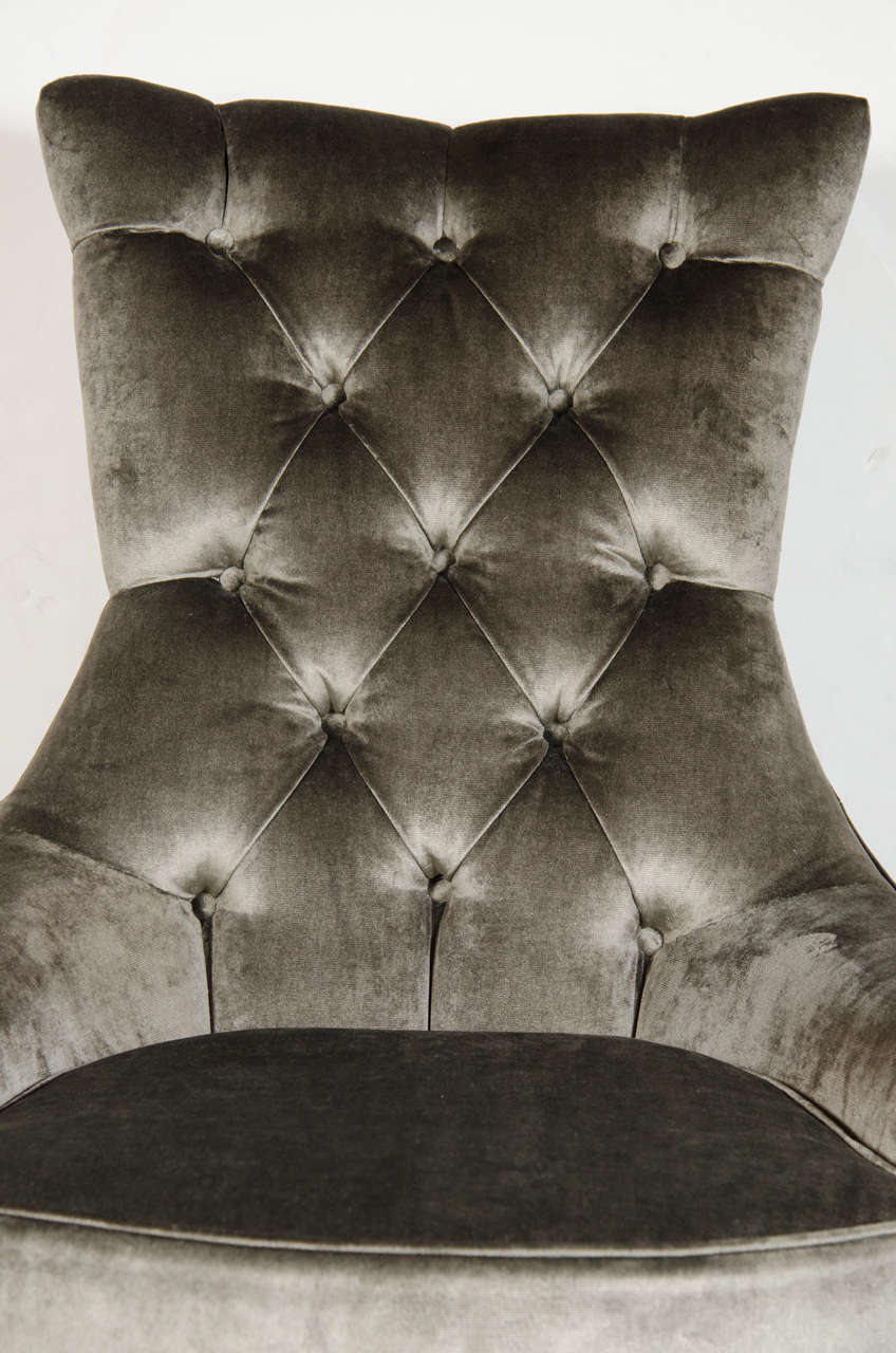 American  Pair of Mid-Century Modern Tufted High-Back Chairs in Smoked Platinum Velvet For Sale