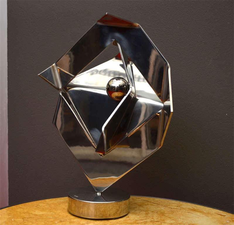 1980s steel and polished stainless metal sculpture signed by Rosette Bir. Base diameter: 13 cm.