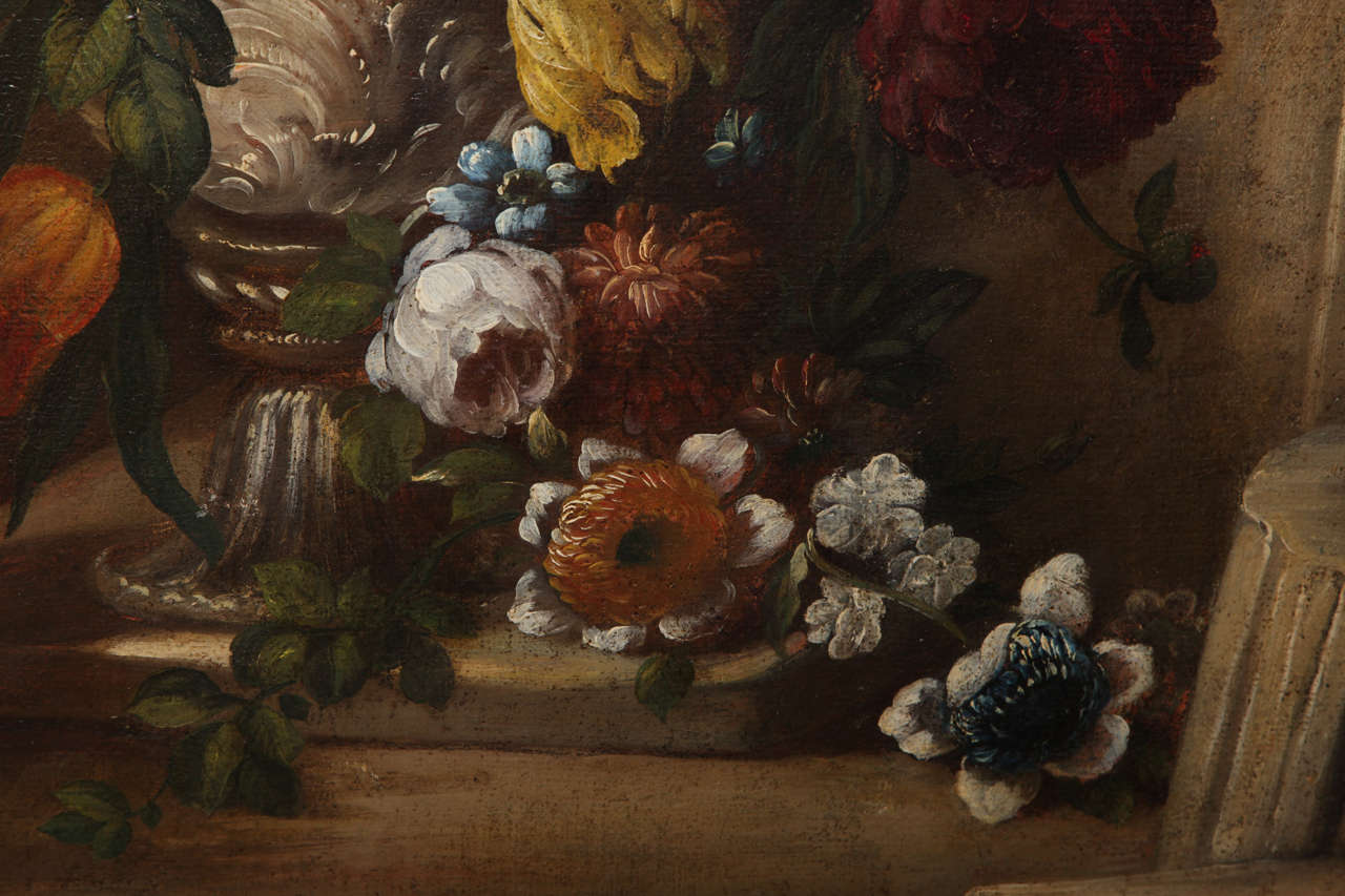 Pair of Still Life Paintings of Flowers, French, 18th Century, Original Frames For Sale 1