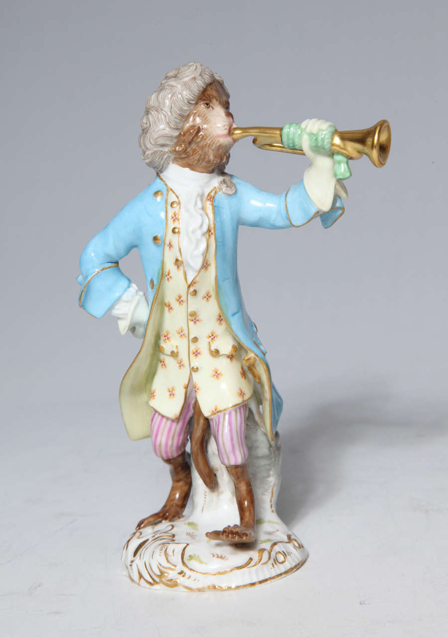 Early Meissen Porcelain, Singerie Style Monkey Musician Figurine For Sale 3