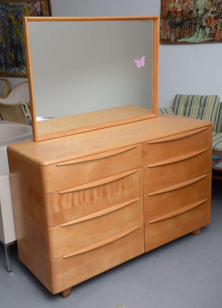 Beautifully Red Maple Double Dresser 8 Drawers From The Encore Bedroom Group By Heywood