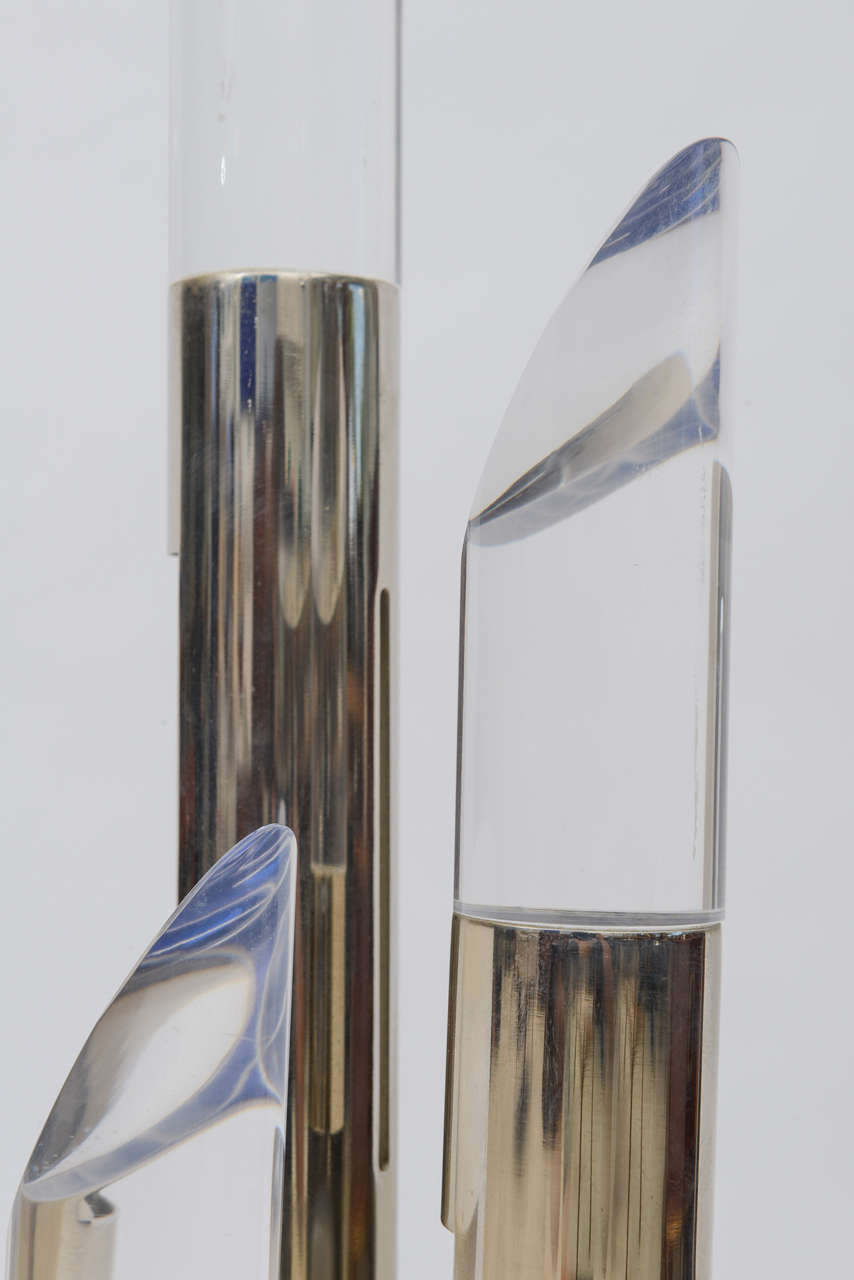 Pair of Italian Modern Polished Chrome and Lucite Table Lamps For Sale 2
