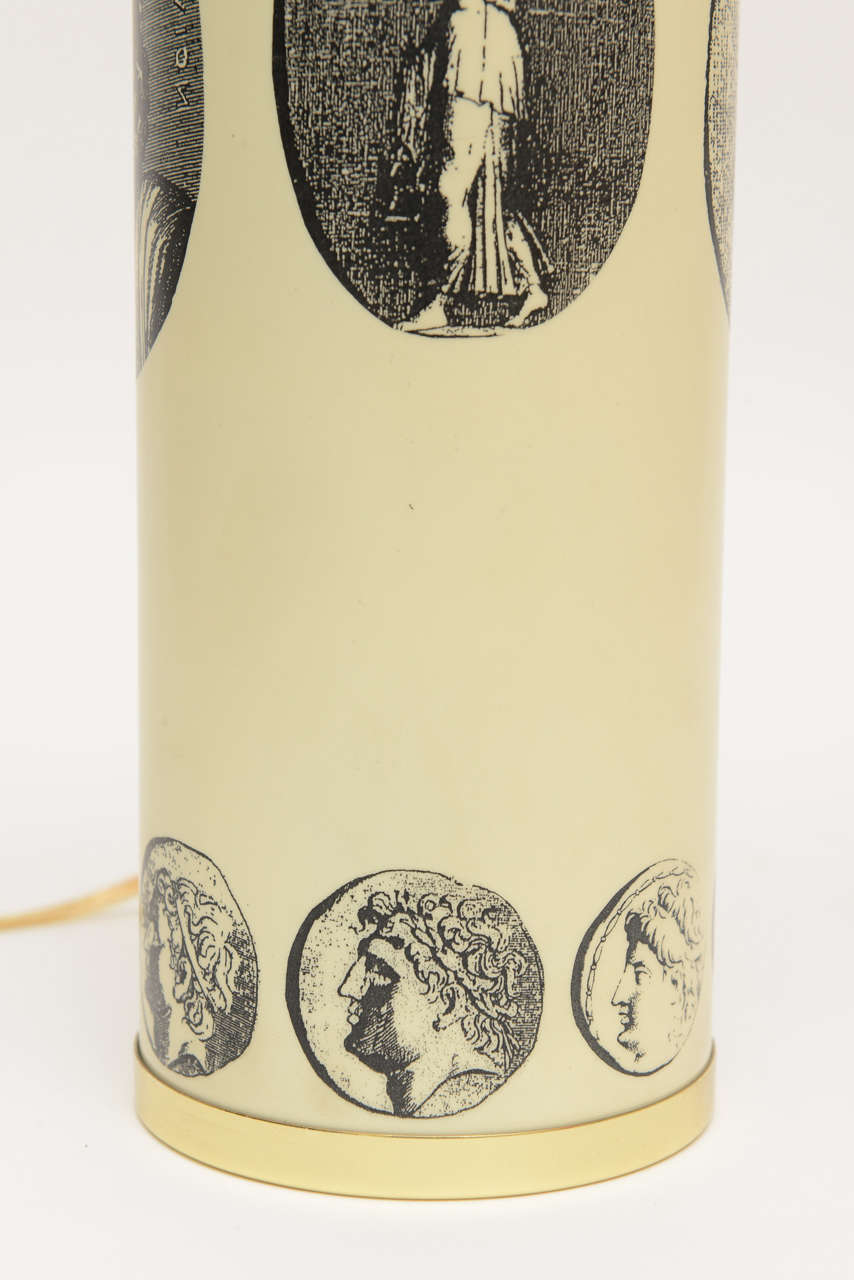 Mid-20th Century Italian Fornasetti Enameled Metal and Brass Cameo Table or Desk Lamp For Sale